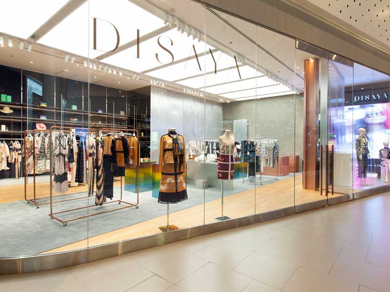 disays-new-store-09