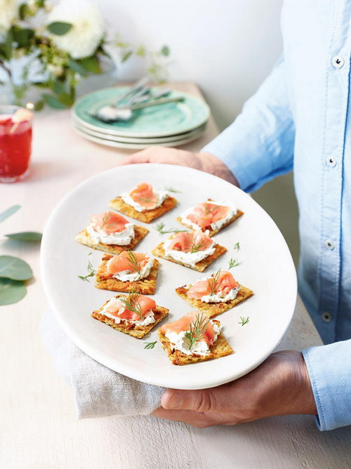how-to-drink-sparkling-wine-with-appetizer-1
