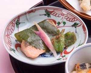 Yamazato_Spring Lunch Gozen 2017_Salmon with saikyo miso wrapped with sakura leaves