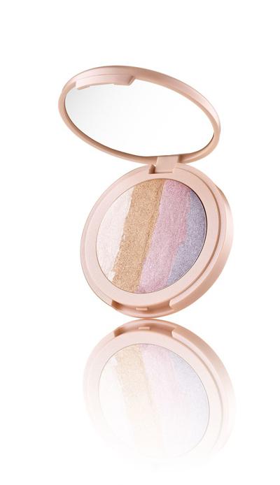 Tarte-Spellbound-Glow-Rainbow-Highlighter-1