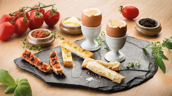 City Break Paris French Breakfast Pancake & Egg 21