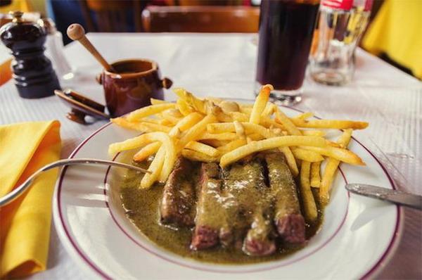 City Break Paris 27 Eat Steak in France 12