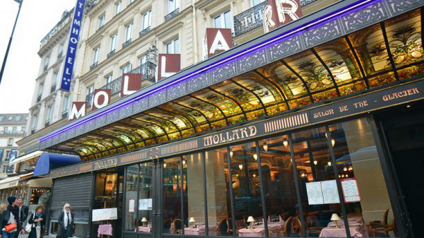 City Break Paris Brasseries Dinner in Paris 17