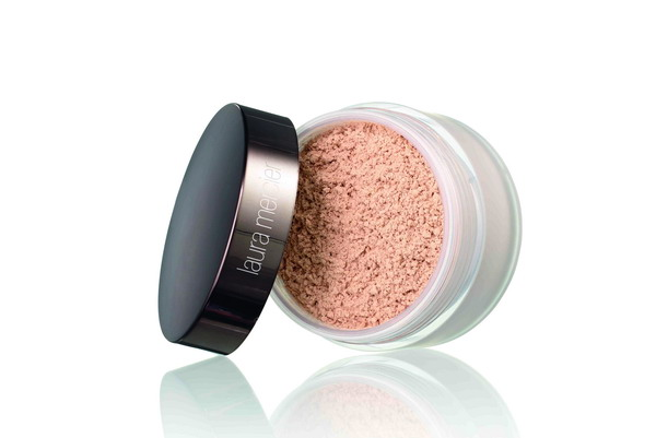 Laura Mercier Translucent Loose Setting Powder Glow 4