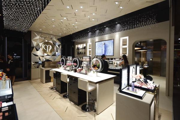 Cle de Peau beaute Flagship store 1