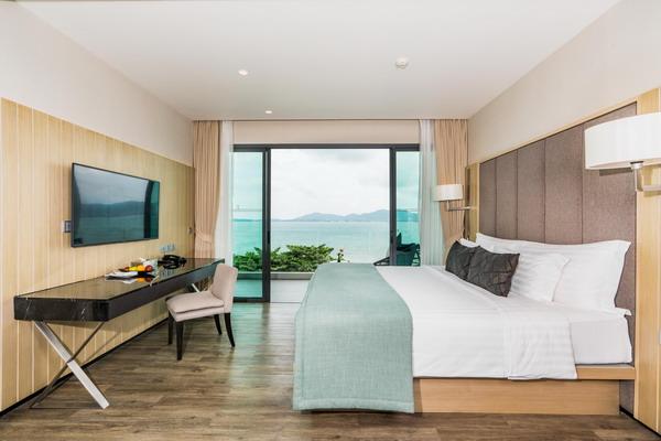 My Beach Resort Phuket Premier Seaview